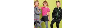 Как выбрать ребенку одежду для спорта